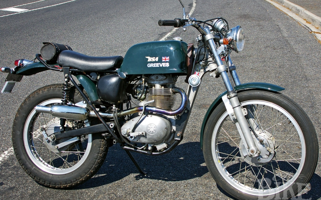 Greeves BSA 350 – Specials have the most fun